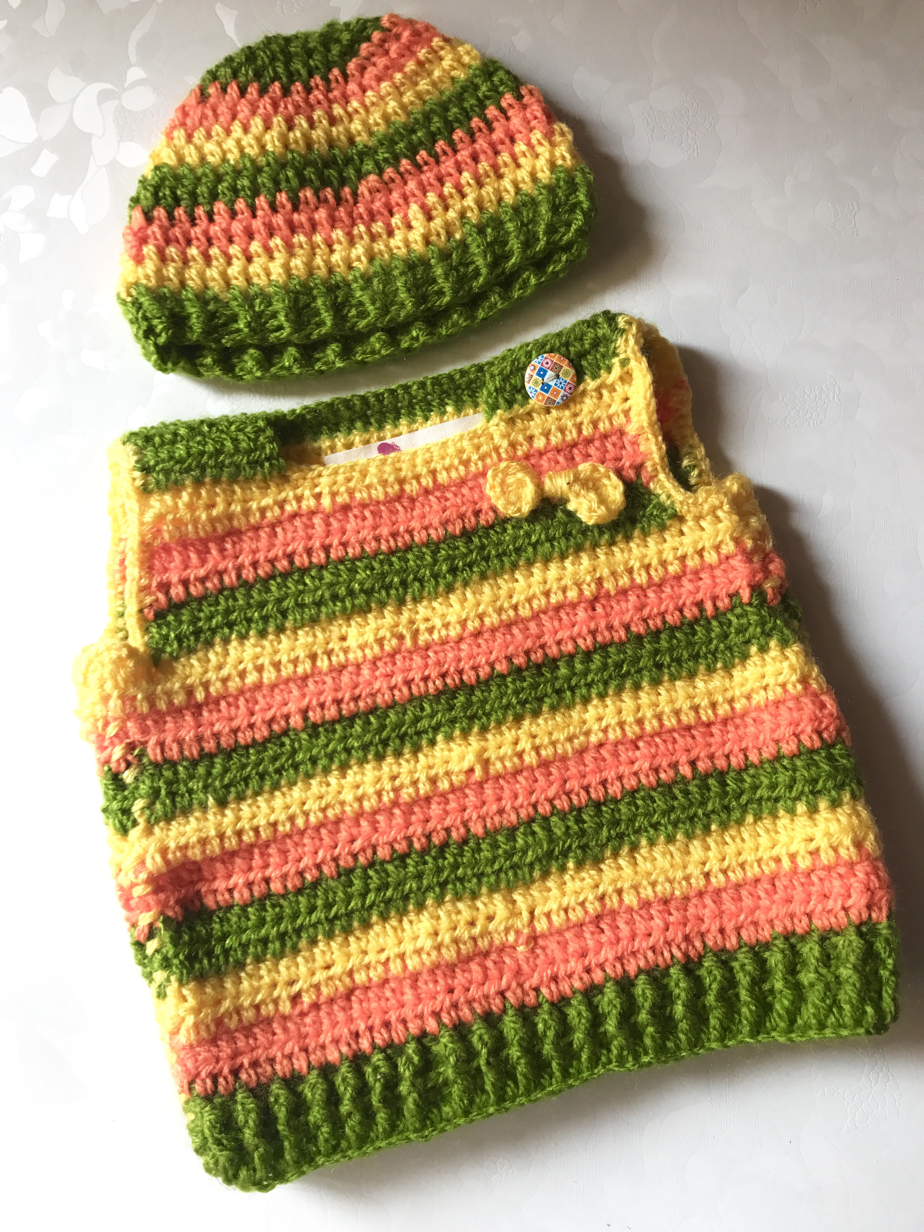 93eddeb53 Baby Half Sweater and Cap Set - The Crochet Bella