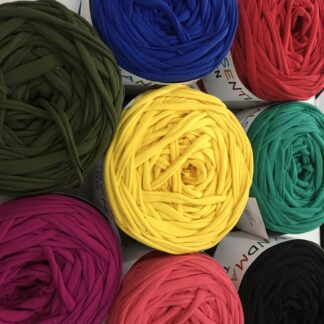 T-Shirt Yarn by White Rose