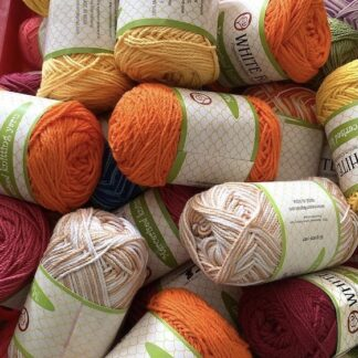 White Rose Knitting Cotton (tkt 12 - equivalent to 5ply yarn chain structure )